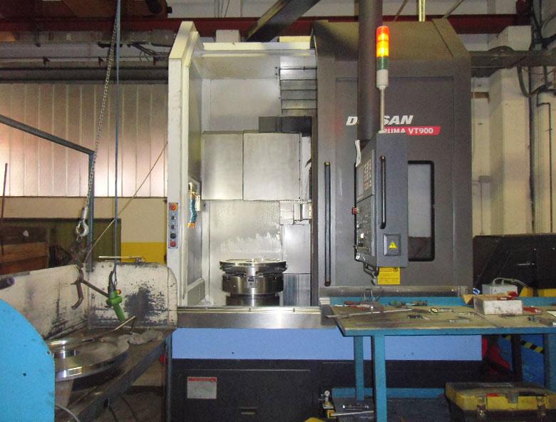 tornio-verticale-puma-vt900-doosan-comesa-engineering-meccanica-di-precisione-pesaro-rimini