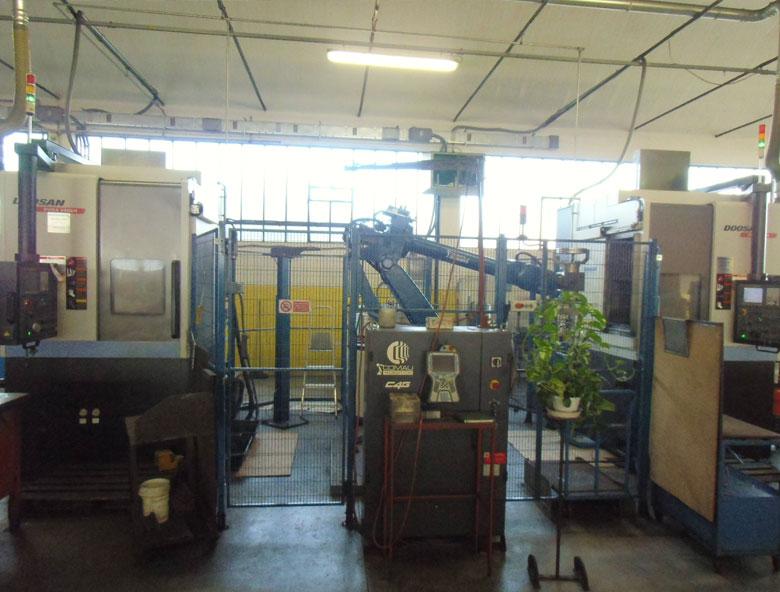 tornio-verticale-robotizzato-puma-comesa-engineering-meccanica-di-precisione-rimini-pesaro